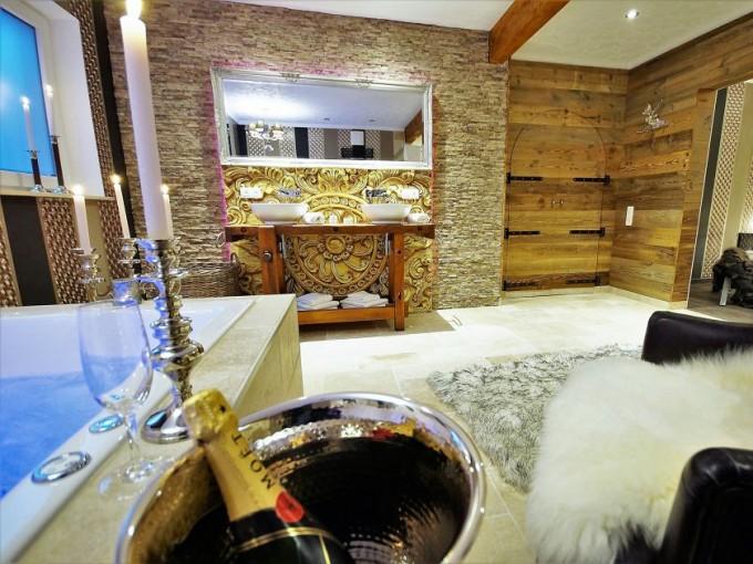 Relax Cottage- Van Orley Suite